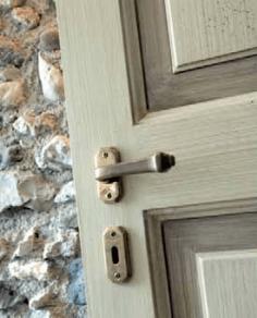 Porta in legno: particolare